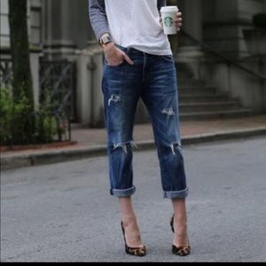 Current Elliot boyfriend jeans, size 24 run big!